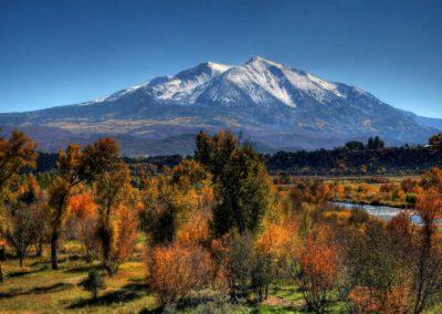 Autumn-Mountain-1440x900-desktopia.net