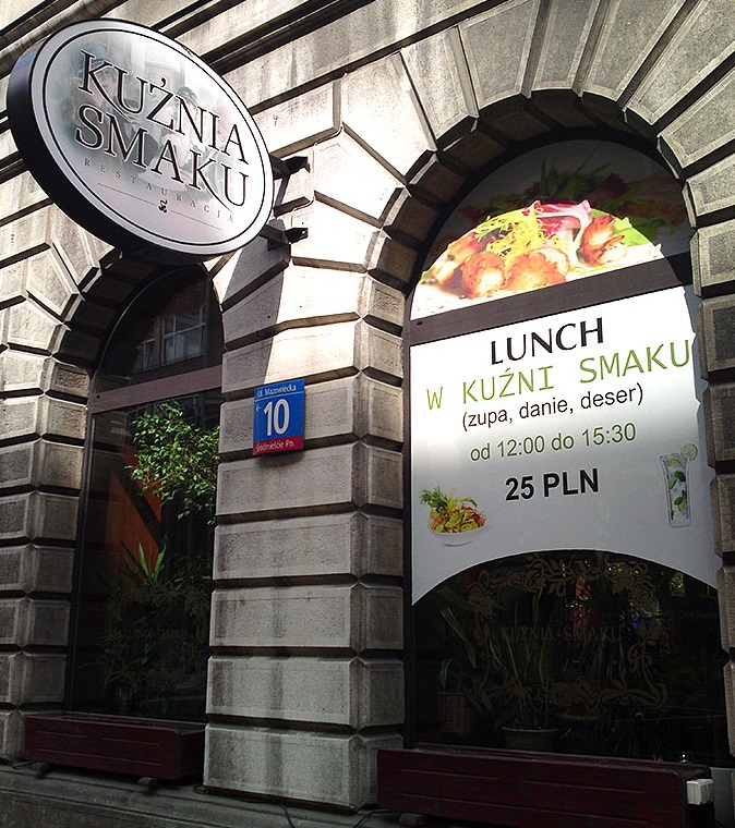 oklejanie witryny restauracji